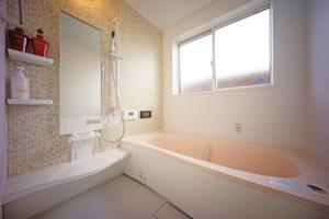 浴室の窓を防音画像
