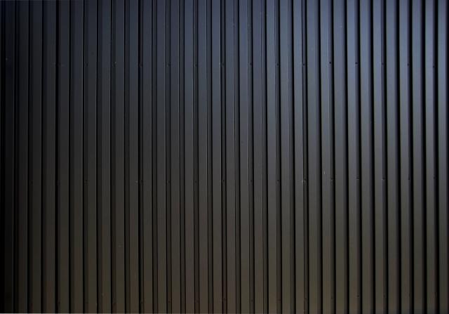 ガルバリウム鋼板は、塗装しないほうが良い画像